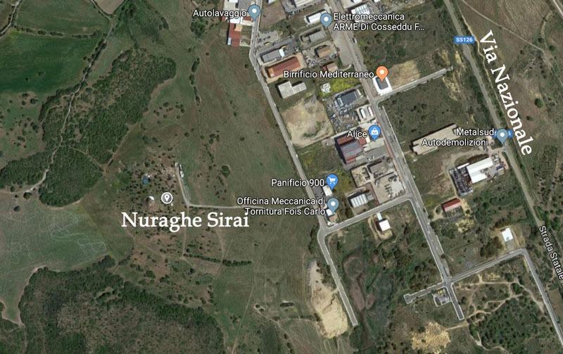 Maps). Una vista satellitare dall'alto del Sito del Nuraghe Sirai nella zona PIP di Carbonia.