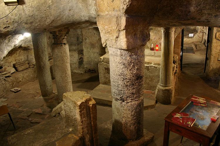 Catacombe sotterranee romane sotto la Basilica di Sant'Antioco Martire..